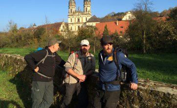 Dieses Bild könnte enhalten: 2018, 2019, Abenteuer, Am Rohrbach, Baum, Bergführer, Erholung, Freizeitaktivitäten, Hügel, Mannschaft, Österreich, Tourismus, Wandern, Wildnis
